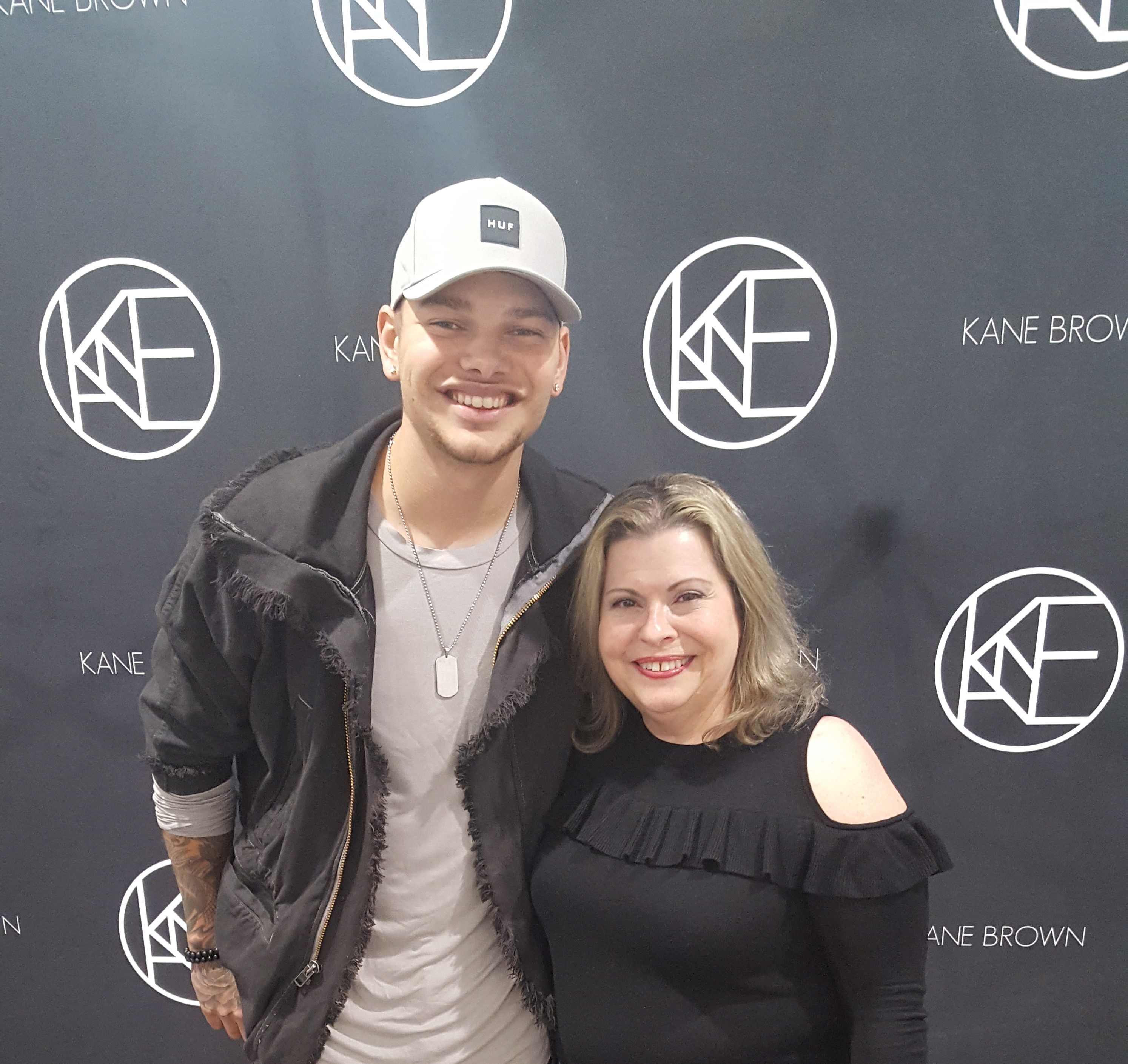 Wscy 1069 fm gallery photos kane brown meet and greet wjoyce from a new morning kristyandbryce Images